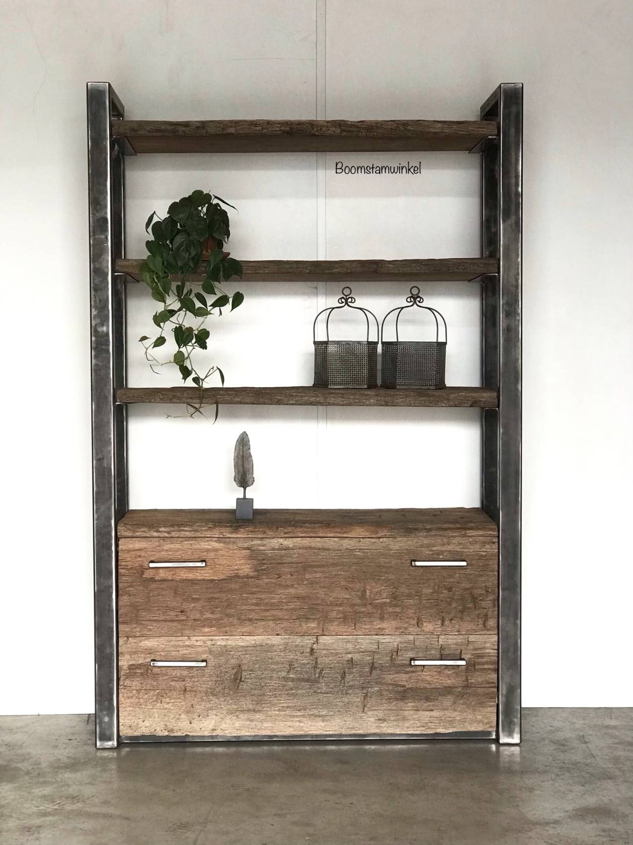 Zwart Bruine Tv Kast.Industriele Wandkast Kast Hout En Staal Open Kast Boomstamwinkel